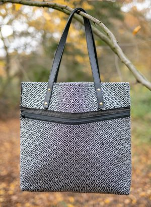 Sustainable Tote bag with Zipper