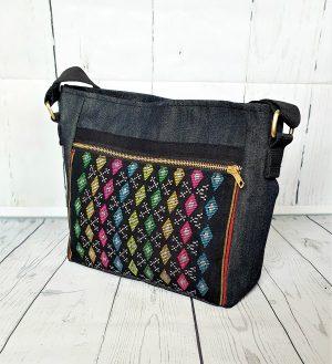 Crossbody bag handloom