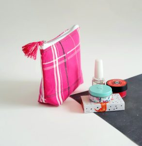 small purse in pink