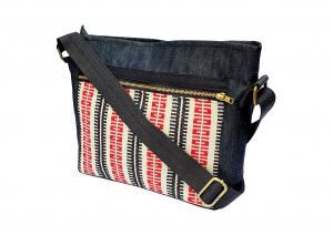 Crossbody bag red stripe