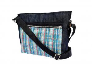 Crossbody bag blue stripe