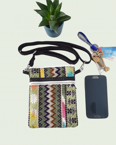 Small crossbody bag for mobile phones and keys
